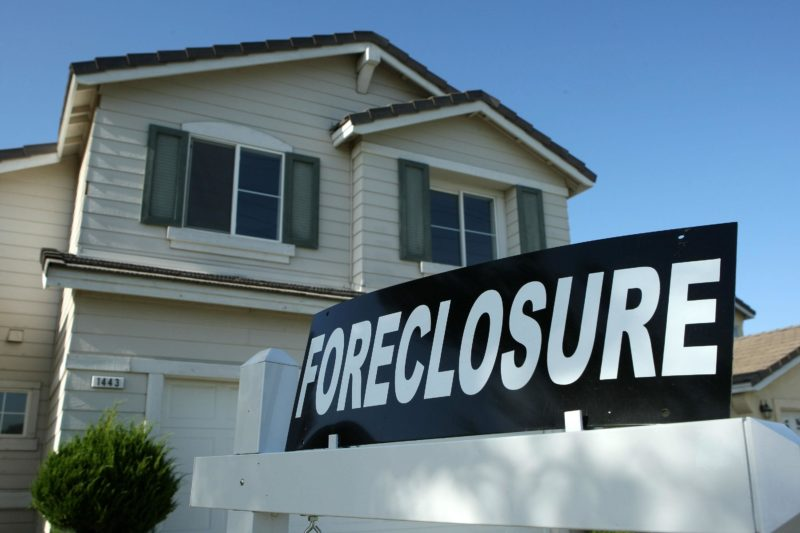 can bankruptcy stop foreclosure